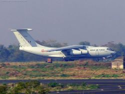 Illyushin-76 K2661 taking off from Nagpur